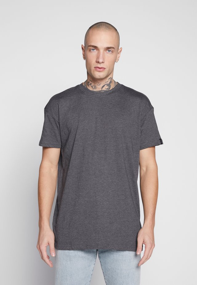 BOX FIT FLASH TEE - Triko s potiskem - charcoal