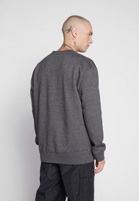 Common Kollectiv - UNISEX FLASH CREW NECK SWEATER - Mikina na zip - charcoal - 2