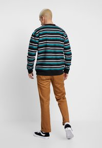 Common Kollectiv - STRIPED GOLF CREW NECK - Mikina - black