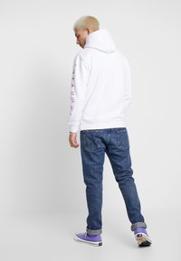 Common Kollectiv - UNISEX SLEEVE PRINTED BLOCK HOODIE - Jersey con capucha - white - 2