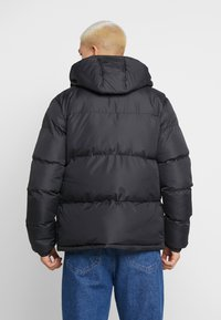 Common Kollectiv - UNISEX SHORT UTILITY JACKET - Parka - black - 2