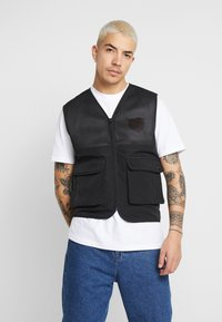 Common Kollectiv - UNISEX UTILITY BELTED RATTLE VEST - Chaleco - black - 0