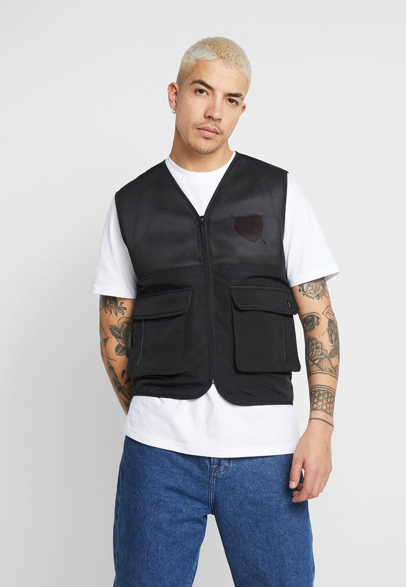 Common Kollectiv - UNISEX UTILITY BELTED RATTLE VEST - Vesta - black