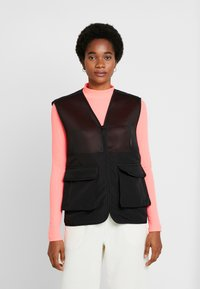 Common Kollectiv - UNISEX UTILITY BELTED RATTLE VEST - Chaleco - black - 1