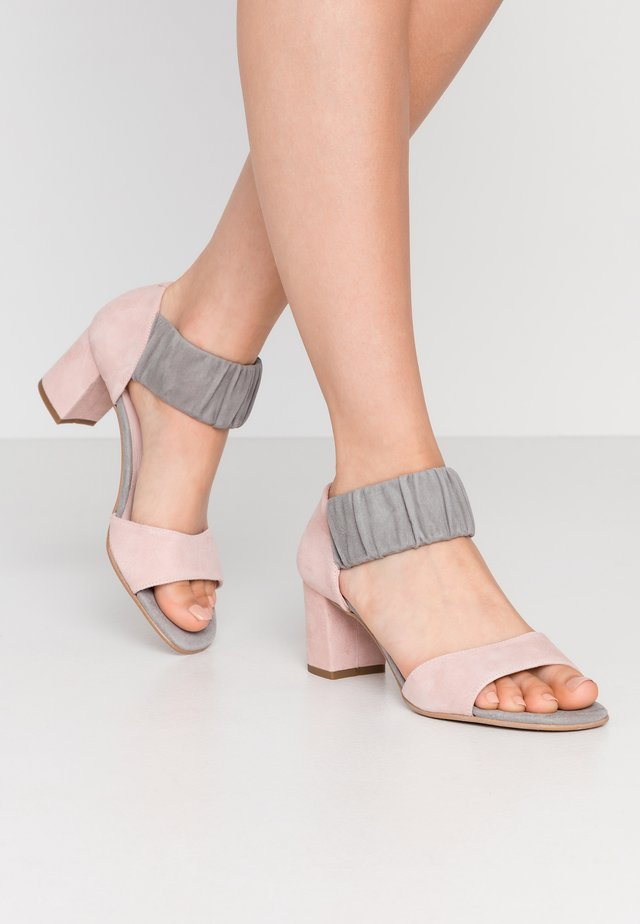 ME AND ME  - Sandalen - grey/rosa