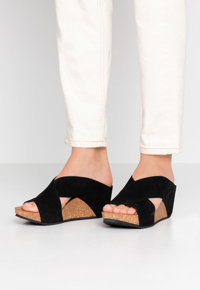 Copenhagen Shoes - FRANCES  - Muiltjes met hak - black