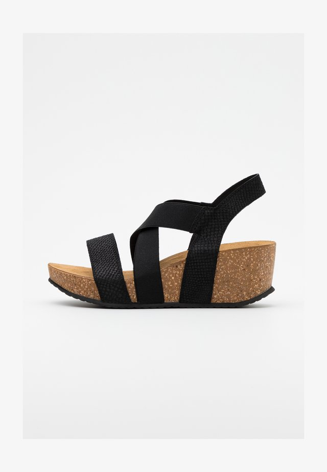STACIA - Plateausandalette - black
