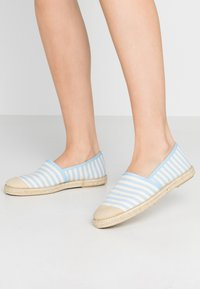 Copenhagen Shoes - FLORENCE STRIPES - Espadrilles - baby blue - 0