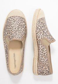 Copenhagen Shoes - FLORENCE - Espadrilles - brown - 3