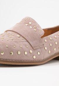 Copenhagen Shoes - MOLLY  - Slip-ons - beige - 2