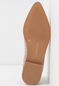 Copenhagen Shoes - MOLLY  - Slip-ons - beige - 6