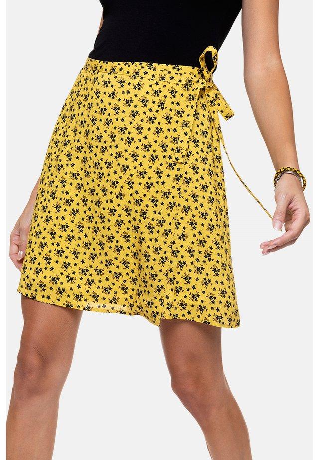 PISTINE - A-line skirt - yellow