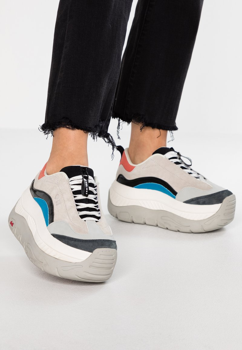 Coolway - CLUSTER - Trainers - multicolor