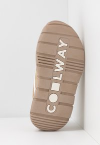 Coolway - CLUSTER - Trainers - sand - 6