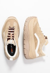 Coolway - CLUSTER - Trainers - sand - 3