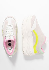 Coolway - CLUSTER - Trainers - yellow - 3