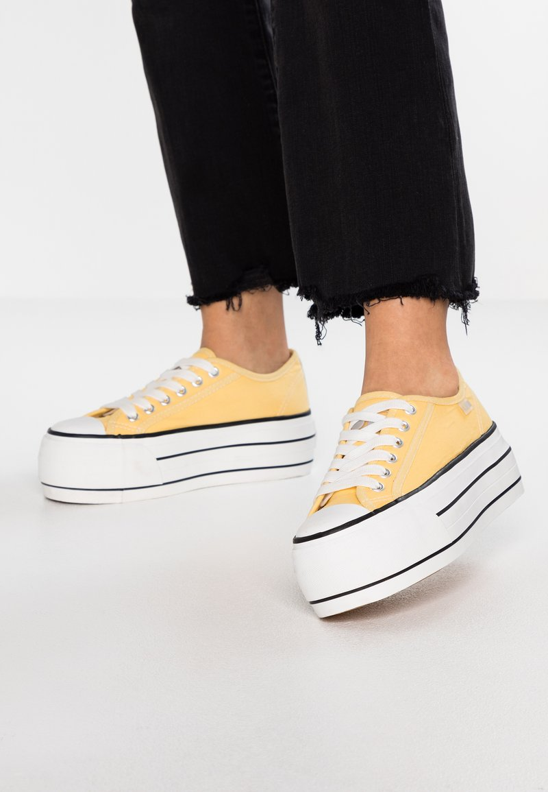 Coolway - GREASE - Sneakers - yellow