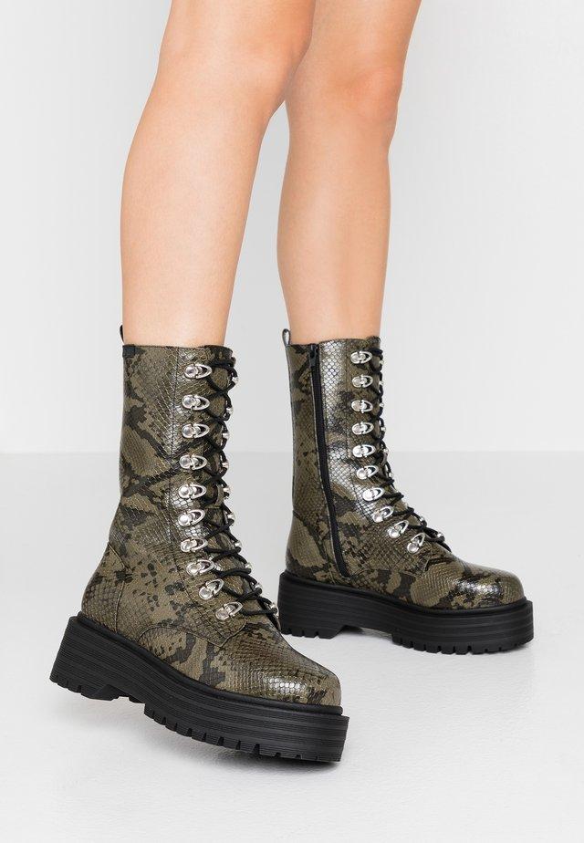 SASHAS - Platform boots - khaki