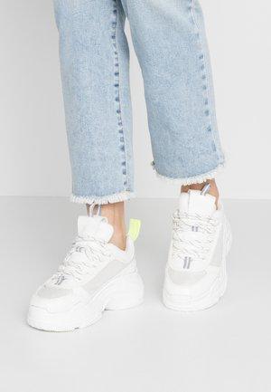 SHIA - Sneakers - white