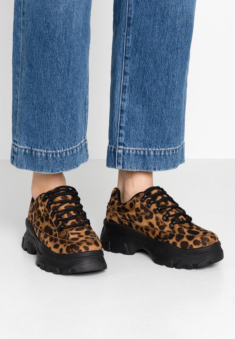 Coolway - WANDER - Sneakers laag - black