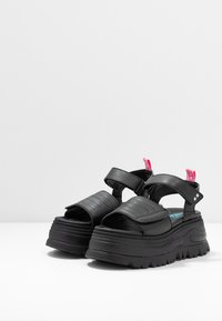 Coolway - GRAVITY - Platform sandals - black - 4