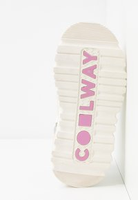 Coolway - GROUND - Platform sandals - white - 6
