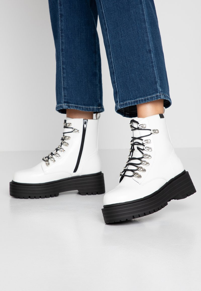 Coolway - Platform ankle boots - white