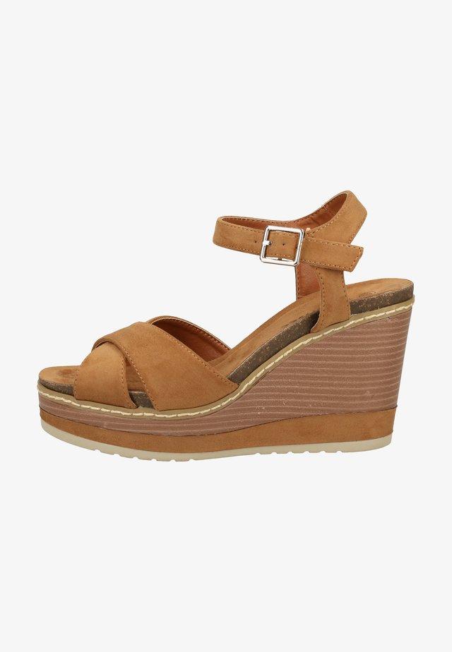 SANDALEN - High heeled sandals - camel