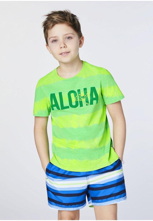 IM BATIK LOOK - Print T-shirt - green gecko