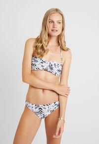 Chiemsee - EBONY SET - Bikini - white/black - 0
