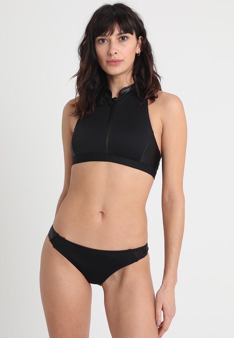 Chiemsee - PLAYA CHICA WOMEN REGULAR FIT SET - Bikini - deep black