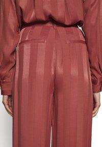 Copenhagen Muse - MAYA - Trousers - ketchup - 4