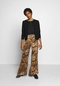 Copenhagen Muse - Trousers - brown - 1