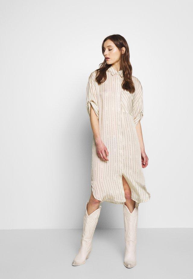 LETTER - Košilové šaty - jet stream mix