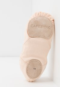 Capezio - BALLET SHOE HANAMI - Sportschoenen - light pink - 5