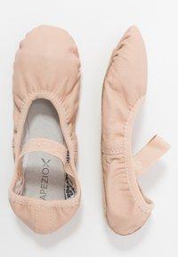 Capezio - BALLET SHOE  - Gym- & träningskor - pink - 0