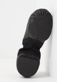 Capezio - JAZZ SHOE HANAMI - Sportschoenen - black - 5