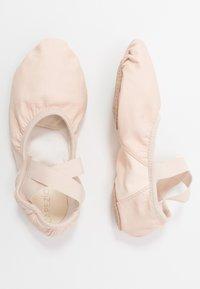 Capezio - BALLET SHOE HANAMI - Chaussures d'entraînement et de fitness - pink - 0