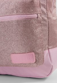 Capezio - SHIMMER BACKPACK - Reppu - pink - 2