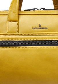 Castelijn & Beerens - Briefcase - yellow - 6