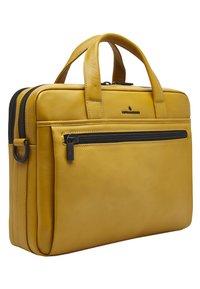 Castelijn & Beerens - Briefcase - yellow - 2