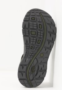 Chaco - Z VOLV 2 - Walking sandals - solid forest - 4