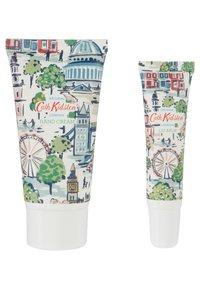 Cath Kidston Beauty - LONDON HAND & LIP TIN - Bath and body set - - - 1