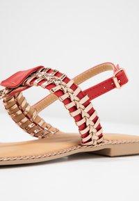 Cassis côte d'azur - INUL - T-bar sandals - rouge - 6