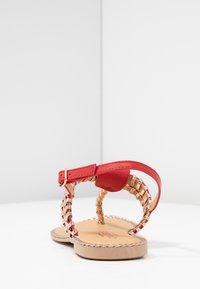 Cassis côte d'azur - INUL - T-bar sandals - rouge - 4