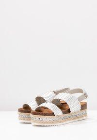 Cassis côte d'azur - JANELLE - Korkeakorkoiset sandaalit - argent - 4