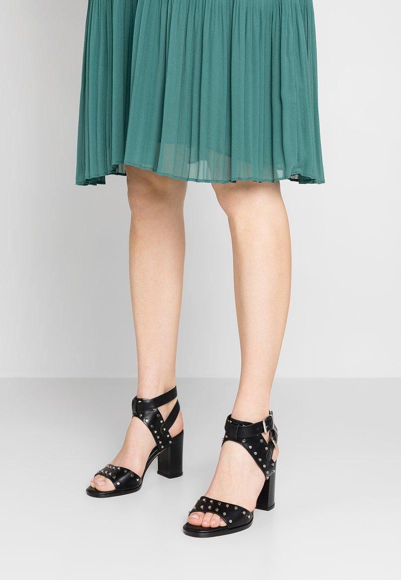 Cassis côte d'azur - MUGUELLE - High heeled sandals - noir