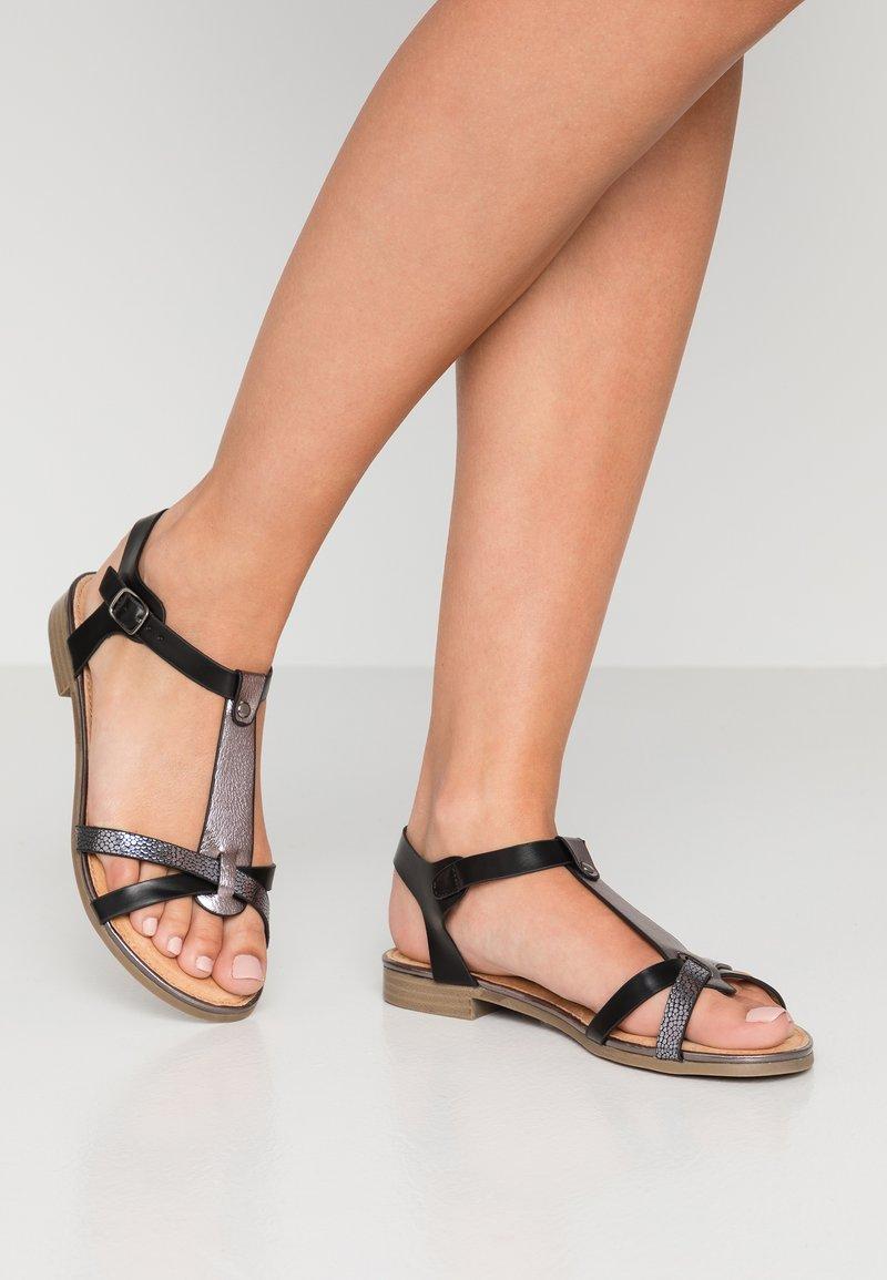 Cassis côte d'azur - VOLTAIRE - Sandals - noir