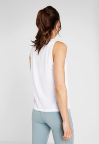 Casall - CROSSWAYS TEXTURED TANK - Top - white - 2