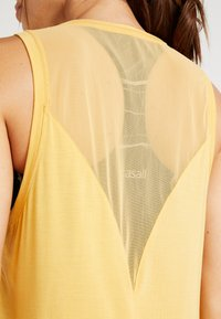 Casall - LUSH MUSCLE TANK - Top - golden yellow - 3